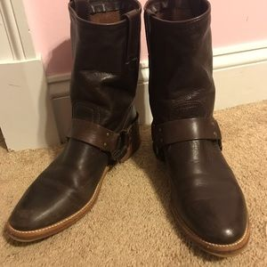 FRYE boots! Brown!